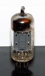 Valvo ECC82/12au7 Long Plates 45-degree O-getter-2